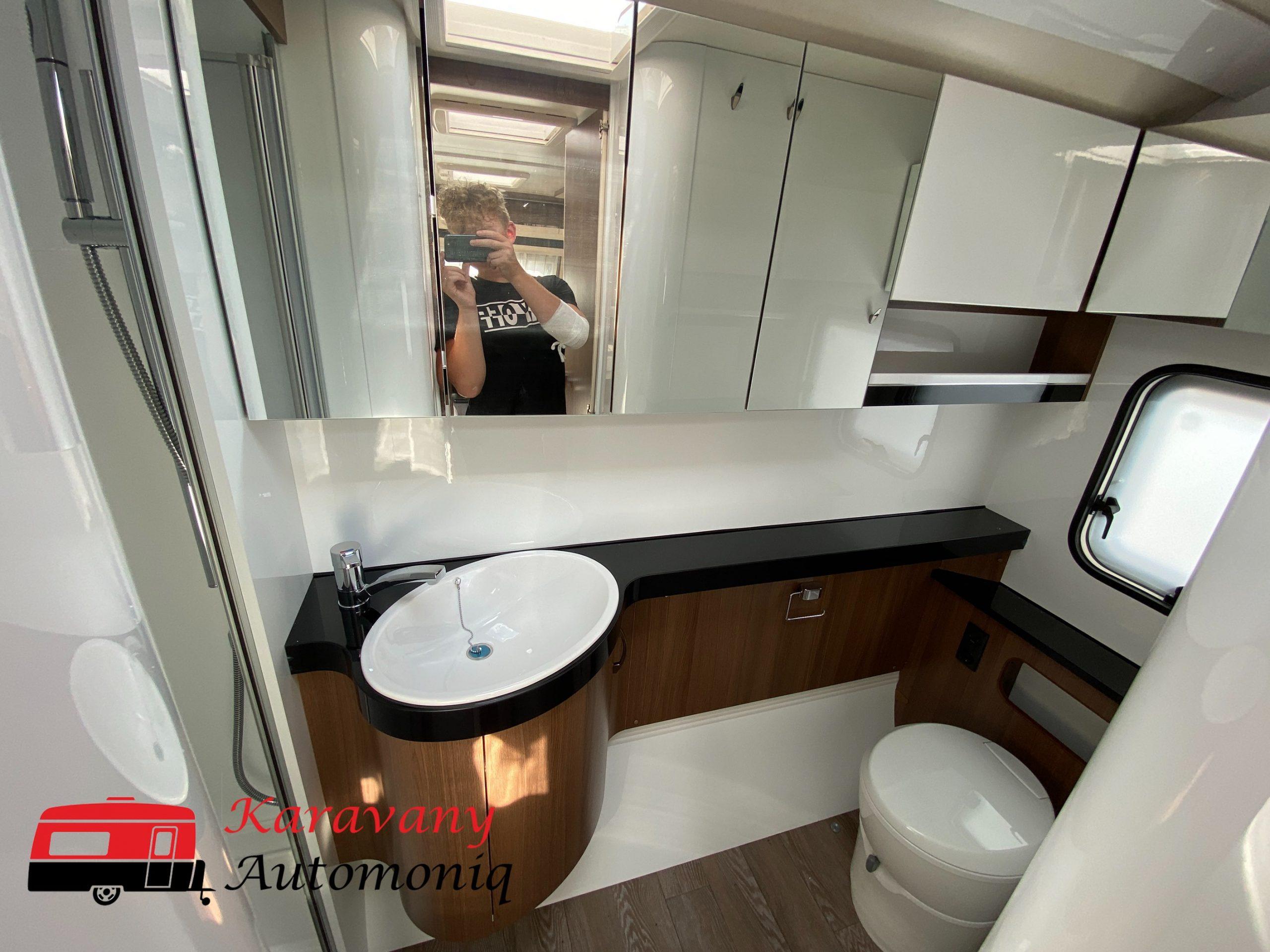 Hobby 560 WLU Prestige model 2020- nádherná kúpeľňa Image
